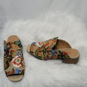 Ladies Lucky Brand Noomrie embroidered heels